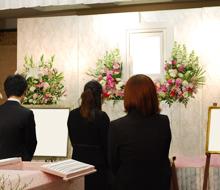 親族だけの葬式に最適な広さだった